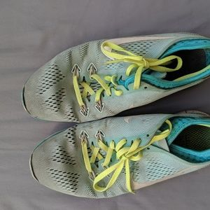 Nike Free Mint Green 7.5 Running Shoe